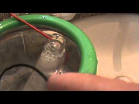 Electrolysis of water in my bathroom