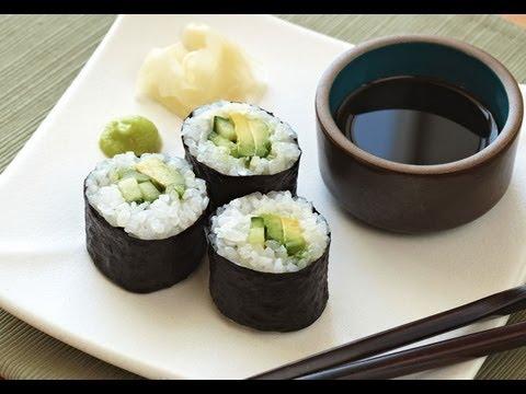 HOMEMADE SUSHI ROLLS + SUSHI SAUCE RECIPE
