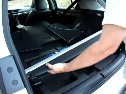 2011 Lexus CT200h Hybrid Video showing how and where to store the rear tonneau cover