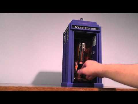 TARDIS model / Sonic screwdriver display
