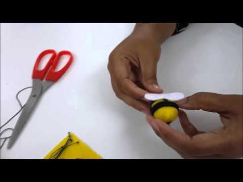 DIY HoneyBee FeltCraft