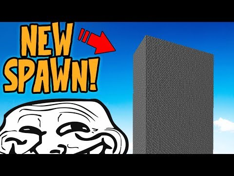 SETTING THE SERVER SPAWN INSIDE HACKERS BASE! (Minecraft Trolling)