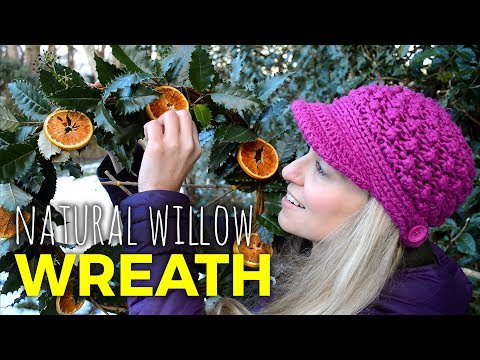 Making Natural Willow Christmas Wreaths