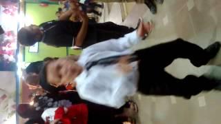 الاسطورة ابراهيم يرقص