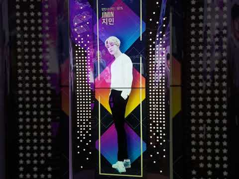 BTS - VCR Hand Palm at Star Avenue, Lotte Duty Free, Myeongdong, KOREA