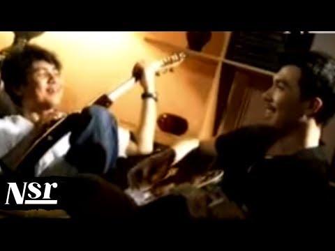 Flop Poppy - Cinta (Official Music Video HD Version)