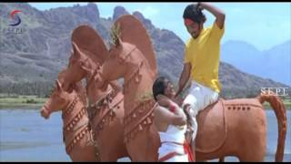 Song 4 Saamikitte -  From Movie Aavarampoo