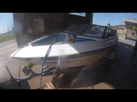 Glastron 1700 Pressure washing after lake Kirby test. Abilene, Texas