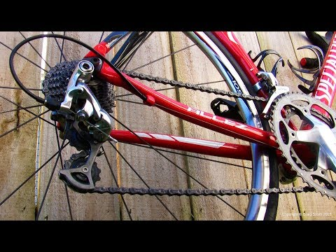 How to: Degrease dirty bike chain and re-lube