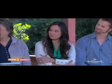 Dr. Sandra Lee Talks about Gel Manicure Precautions on Home and Family  (04/12/13)