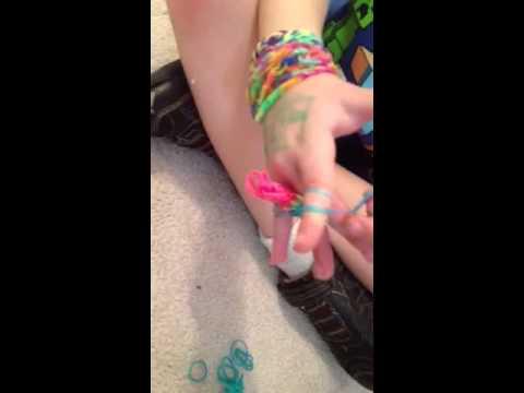 Triple fishtail bracelet without a Rainbow loom