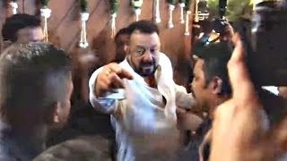 Drunk Sanjay Dutt Out Of Control At Amitabh Bachchan Diwali Party 2016