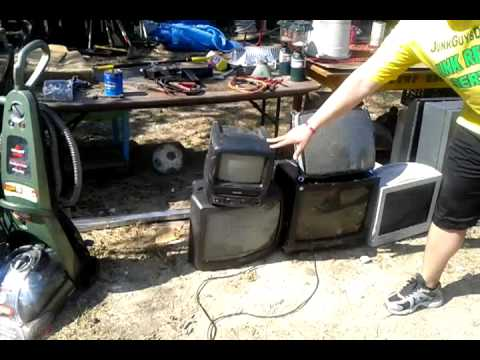 TV removal and pricing in Texas JunkGuys