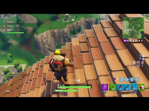 Fortnight playing with subs and giving free skins