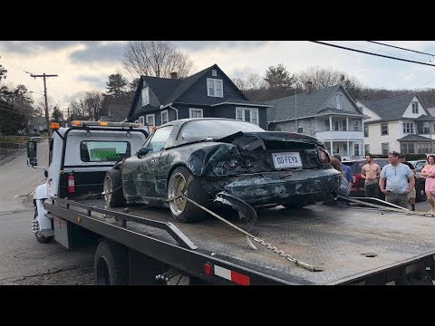 TOTALED MIATA, A BETTER LOOK AT THE CAR!