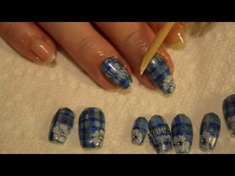 peel off base coat demo from Dainty Digits
