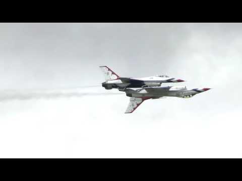 The USAF Thunderbirds @ RIAT 2017