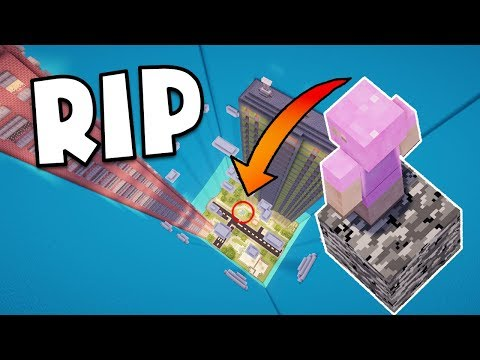 MINECRAFT: FALLING INTO A CITY!! WORLDS HARDEST DROPPER MAP!