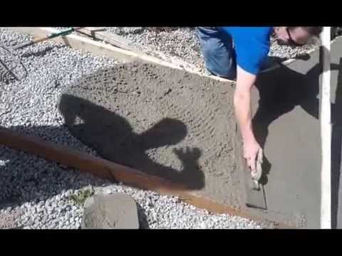 Building a small sidewalk with concrete