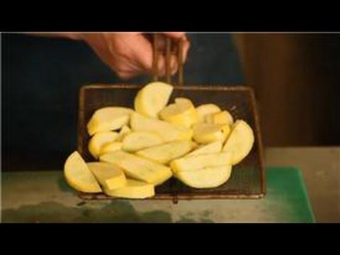 Beet & Squash Recipes : How to Blanch Yellow Squash