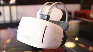 VR headset goes wireless, with no phone required