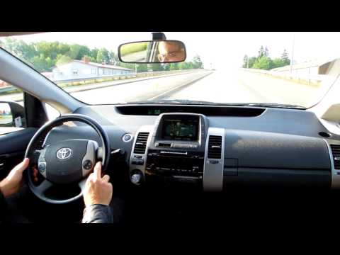 Driving a Toyota Prius Hybrid 1.5 2008