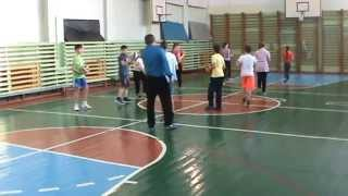 """Урок физической культуры в 5 классе """"Волейбол. Техника передачи мяча двумя руками сверху."""""""