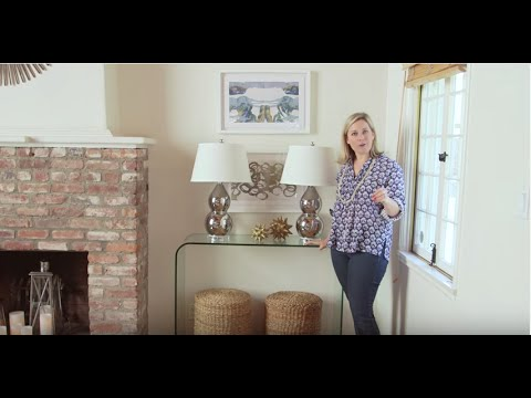 Lorri Dyner Bite-Sized Decorating Tip: How to Style a Console Table
