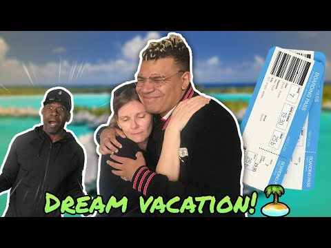 SURPRISING MY MOM WITH HER DREAM VACATION!!