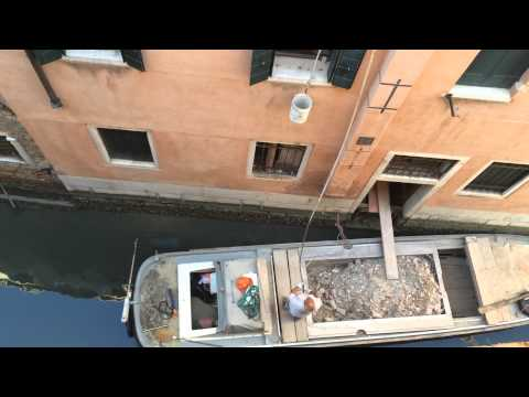 How construction and building gets renovate/built in Venice, Italy