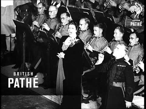 Win The War Rally In Australia  (1941)