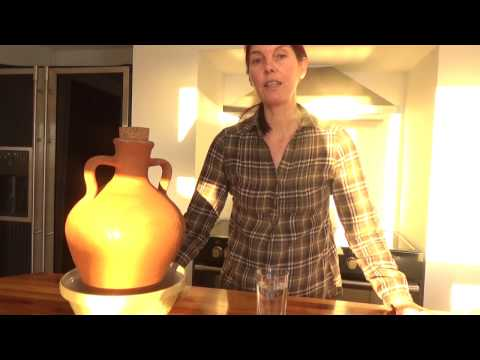 Using a Clay Amphora to Purify / Detox Tap Water