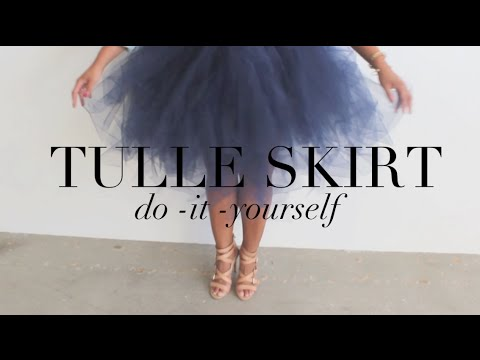 {DIY} Tulle Skirt... Your Inner Carrie Bradshaw Will Thank You!