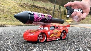 Rocket powered RC Lightning McQueen Disney Cars 3 !!