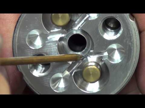Hydraulic Paving Vibrator:  Inspecting the Hydraulic Motor Body