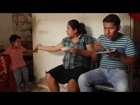 WFP Response in Ecuador: Cash Transfers Provide Needed Healthy Food to Quake Victims