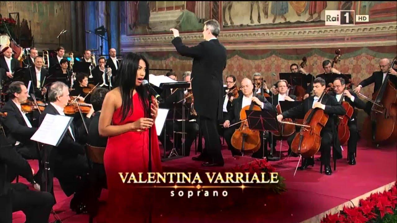 Download Anggun - Malam Kudus (Silent Night) at San Francesco Concerto di Natale ad Assisi MP3 Gratis