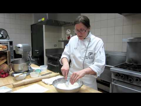 Cooking: How to cut butter into flour