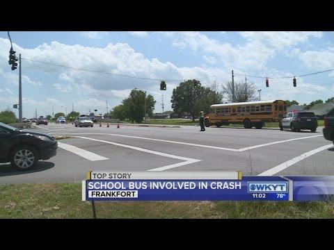 TRAFFIC ALERT | US 127 S. closed in Frankfort after school bus crash
