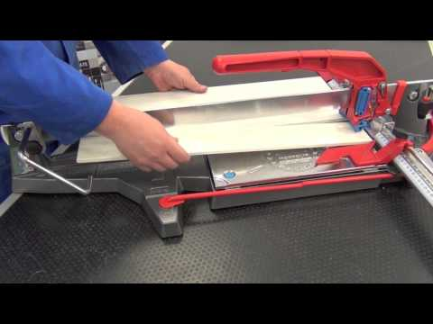 Cutting strip tiles and skirting boards with manual tile cutter