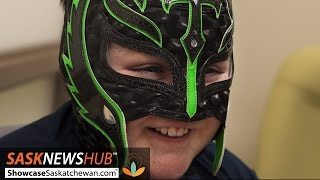 Rey Mysterio Mask Helps Young Brain Tumour Patient