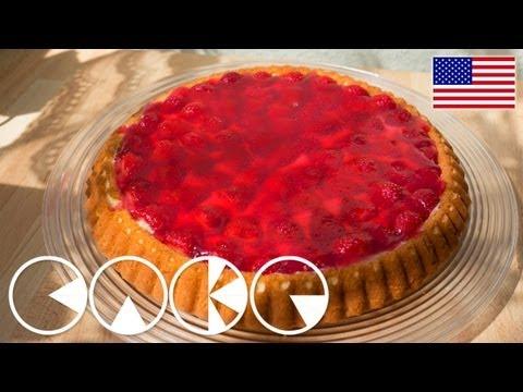GERMAN STRAWBERRY CAKE - FRUIT CAKE (plus Recipe)