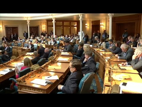Lawmakers Approve Gas Tax Hike to Replenish Transportation Trust Fund