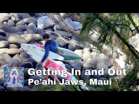Getting in and Out at Pe'ahi Jaws, Maui Feb 10th 2016