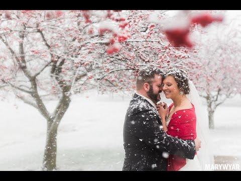 Toledo Ohio Winter Wedding Photos Lourdes College Sylvania