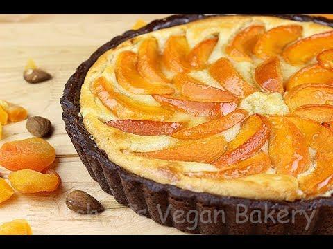 Vegan Apricot Frangipane Tart || Gretchen's Vegan Bakery