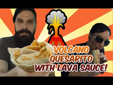 Taco Bell - VOLCANO Quesarito w/ LAVA sauce - Review