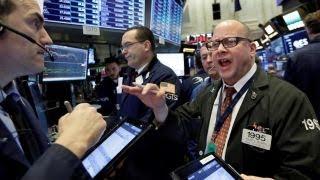 Stocks will plunge 40% in next market crash: Harry Dent