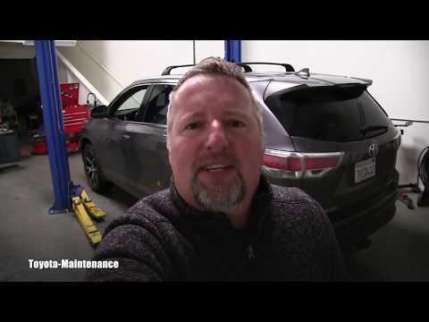Toyota Highlander moisture in Tail Lights