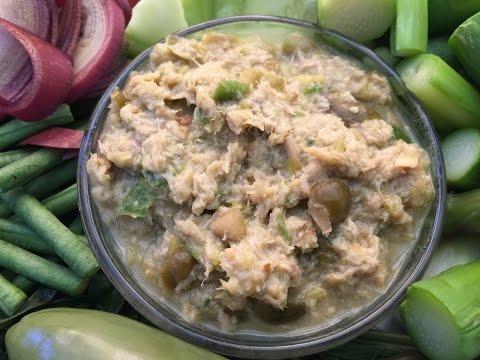 របៀបធ្វើទឹកគ្រឿ Cambodian Tuna Dip-Cooking Cambodian/Khmer Food with Elissa